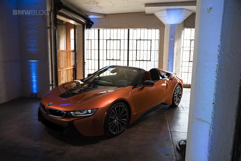 2018-BMW-i8-Roadster-06.jpg