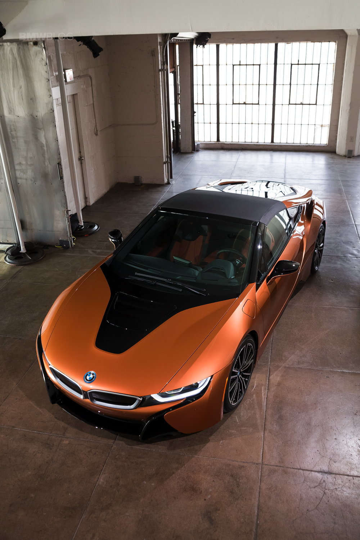 2018-BMW-i8-Roadster-27.jpg