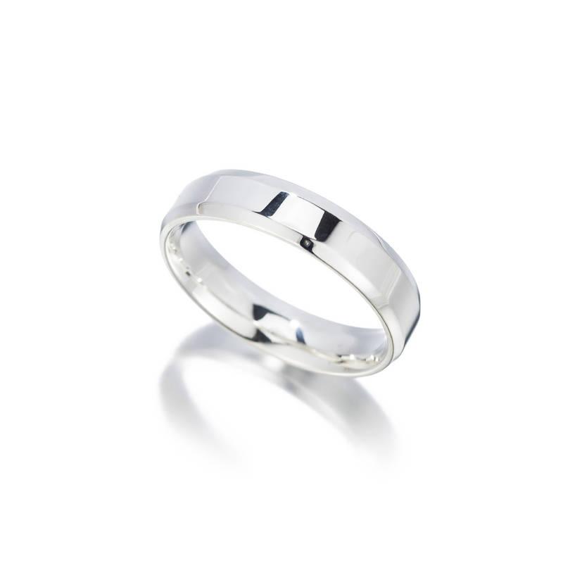 jewelry-mens-wedding-band-ring-white-gold-polished-brushed-ashley-schenkein.jpg