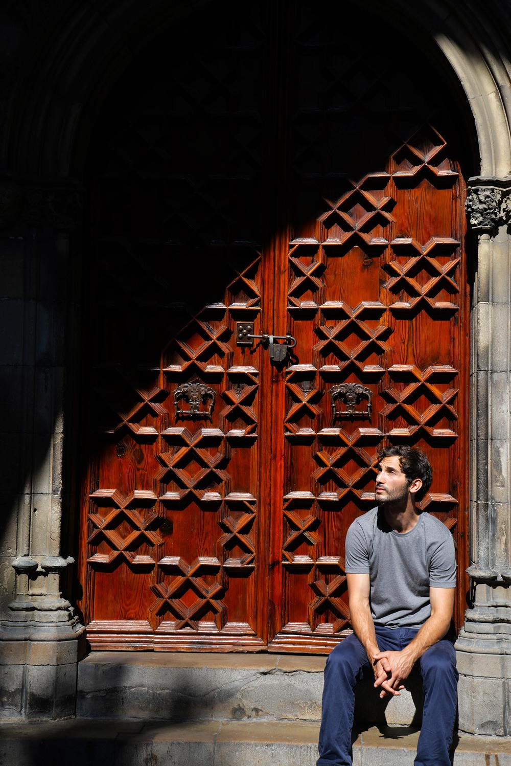 Michael in the cloister of la Catedral, Barcelona