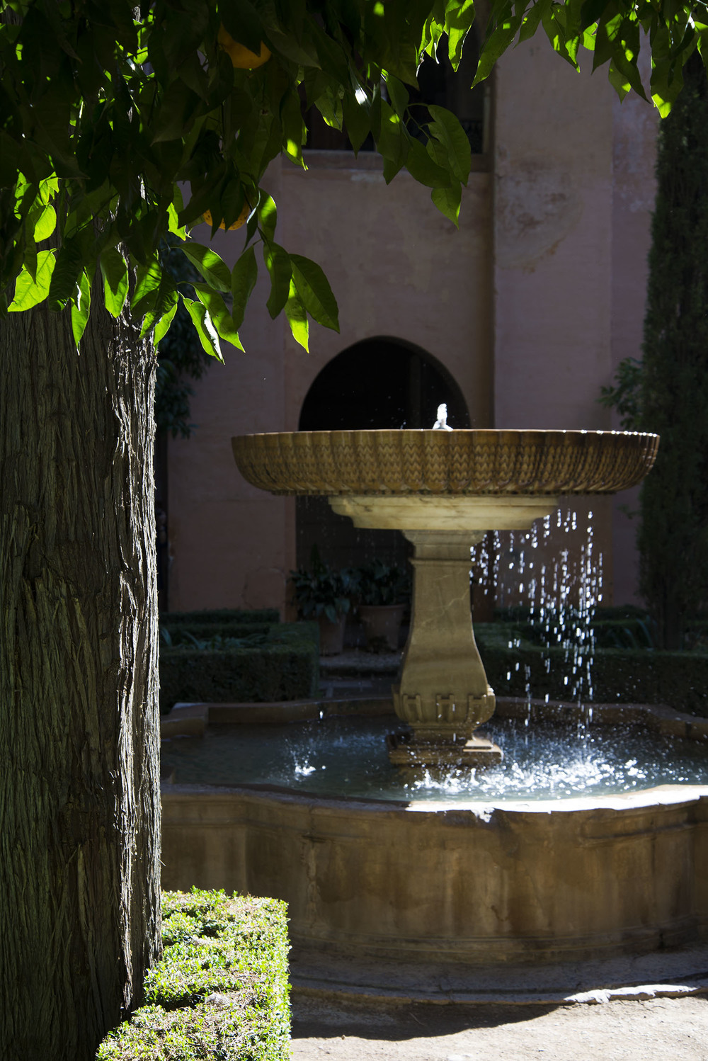 Fountain of the Daraxa Garden, Carlos V,  1526-1538,  Granada