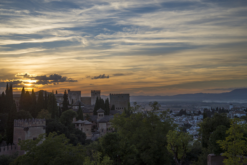 Begining of the sunset from the Lower Gardens of the Generalife, Granada