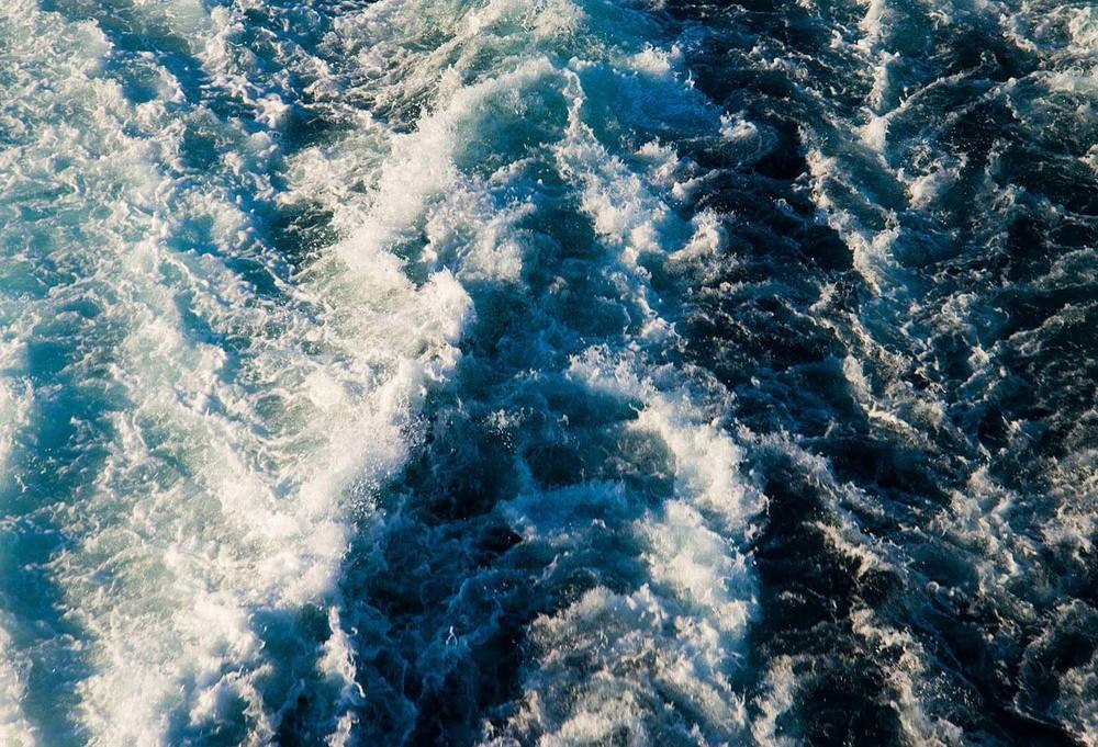 Wake of the ferry, Paros