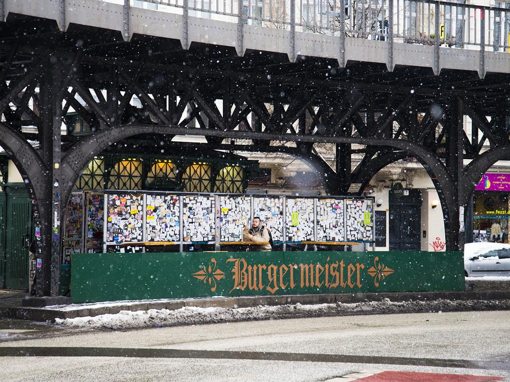 Public Toilet-cum-Burgermeister, Berlin