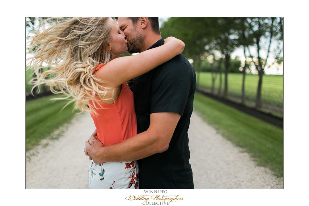 Erica&Brent_Engagement_Reanne_Altona_04.jpg