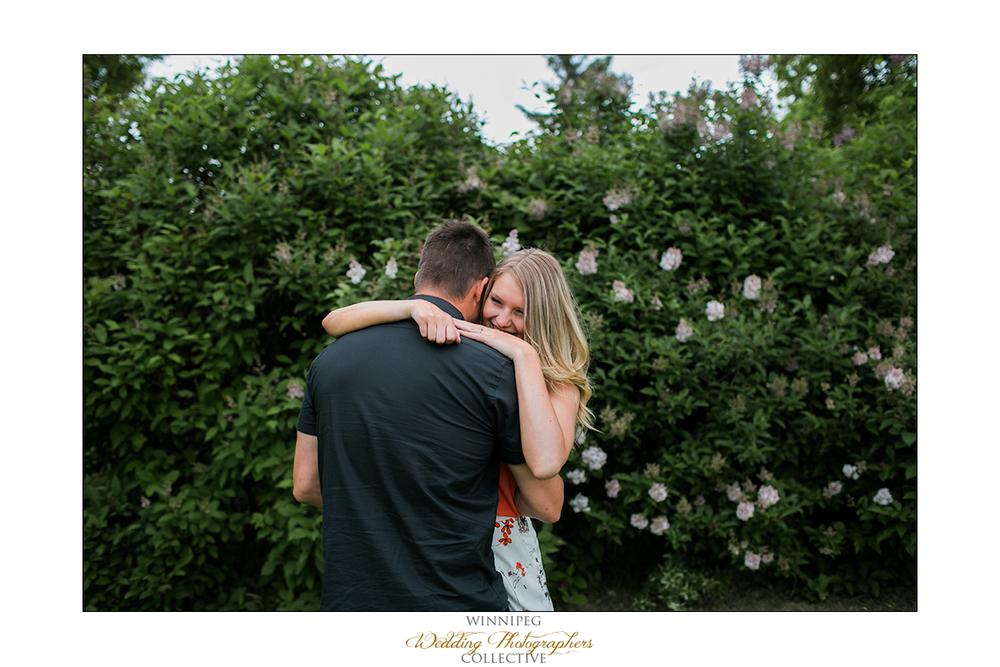 Erica&Brent_Engagement_Reanne_Altona_09.jpg
