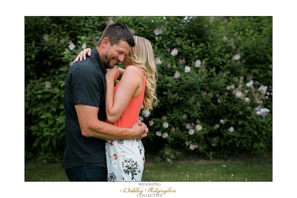 Erica&Brent_Engagement_Reanne_Altona_011.jpg
