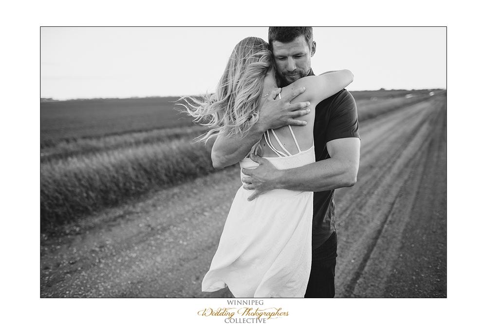 Erica&Brent_Engagement_Reanne_Altona_025.jpg