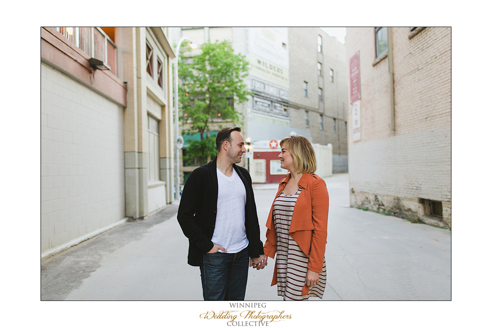 Ryan&Lindsay_Engagement_Reanne_ExchangeDistrict_020.jpg