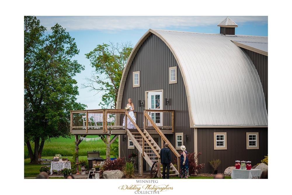 16 Hawthorn Estates Outdoor Wedding Selkirk Winnipeg Manitoba Canada Hawthorn Estates.jpg