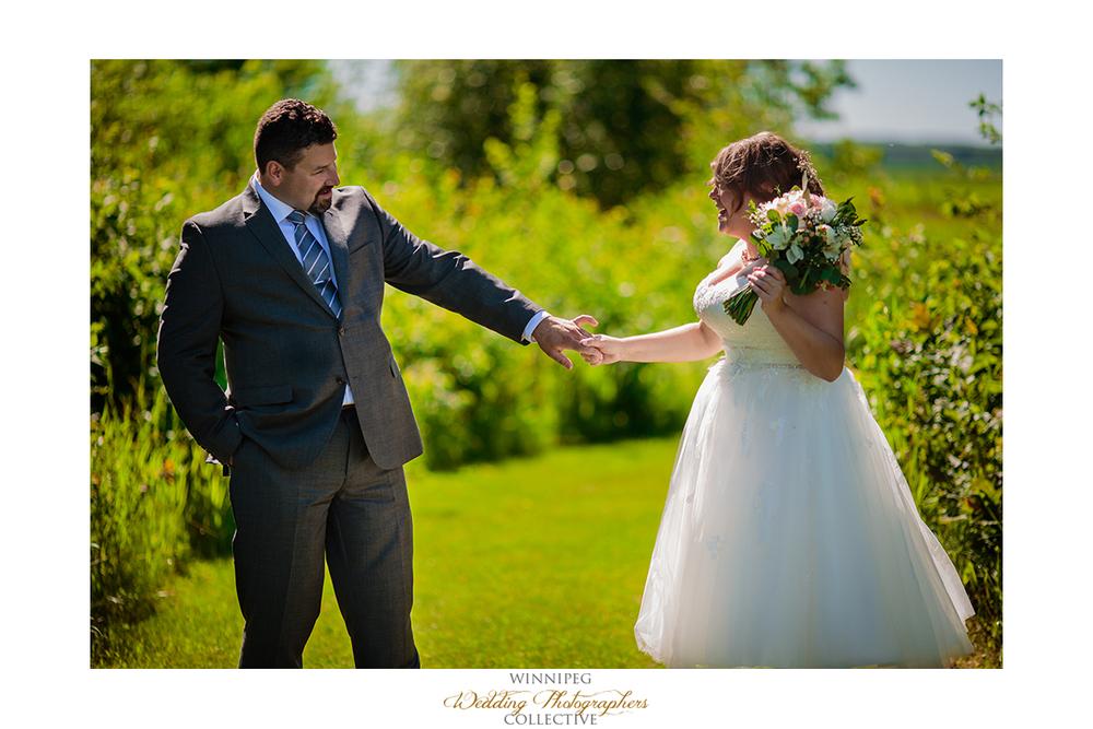 06 First Look Outdoor Country Wedding Winnipeg Selkirk MAnitoba Canada HAwthorn Estates.jpg