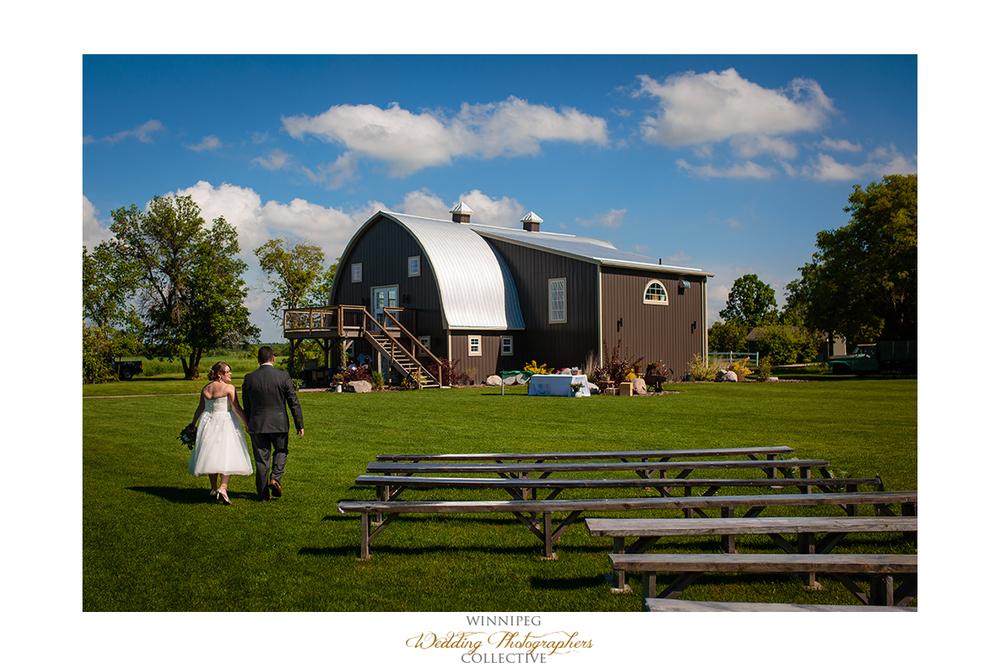 07 Country Wedding Bride Groom Couple HAwthorn Estates.jpg