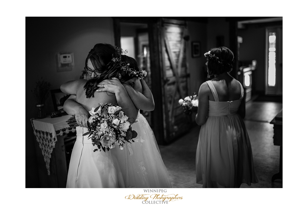 20 Love Mother Daughter Wedding Happy.jpg