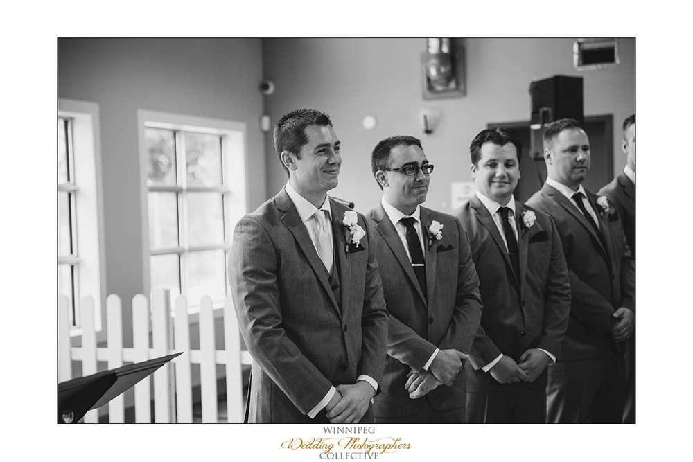 Dana&Rory_Reanne_Wedding_Winnipeg_09.jpg