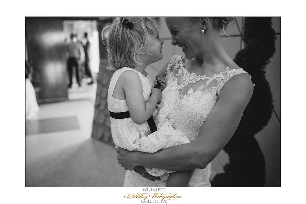 Dana&Rory_Reanne_Wedding_Winnipeg_030.jpg