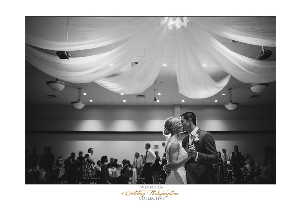 Dana&Rory_Reanne_Wedding_Winnipeg_040.jpg