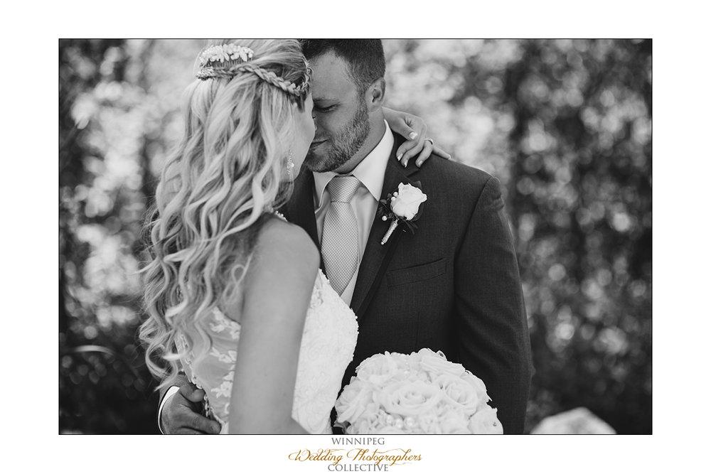 Jill&Jay_Reanne_Wedding_Steinbach_011.jpg