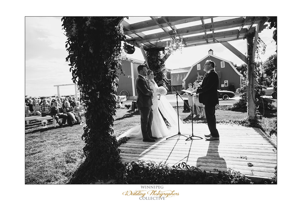 Jill&Jay_Reanne_Wedding_Steinbach_042.jpg