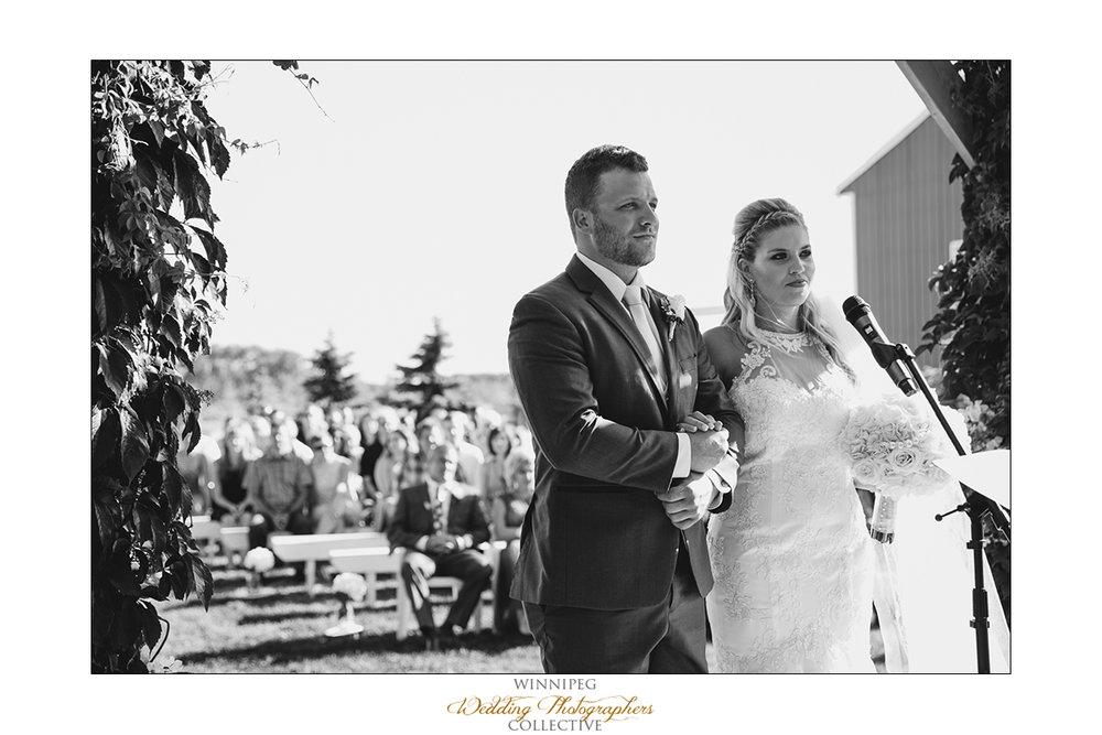 Jill&Jay_Reanne_Wedding_Steinbach_044.jpg