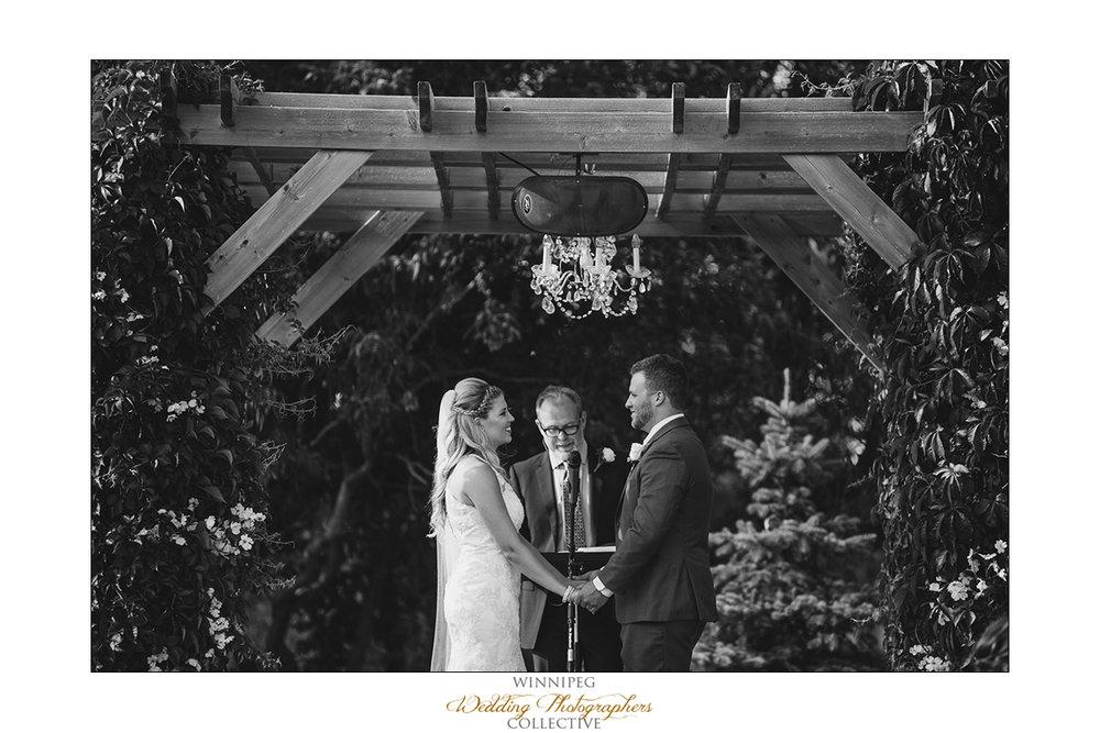 Jill&Jay_Reanne_Wedding_Steinbach_047.jpg