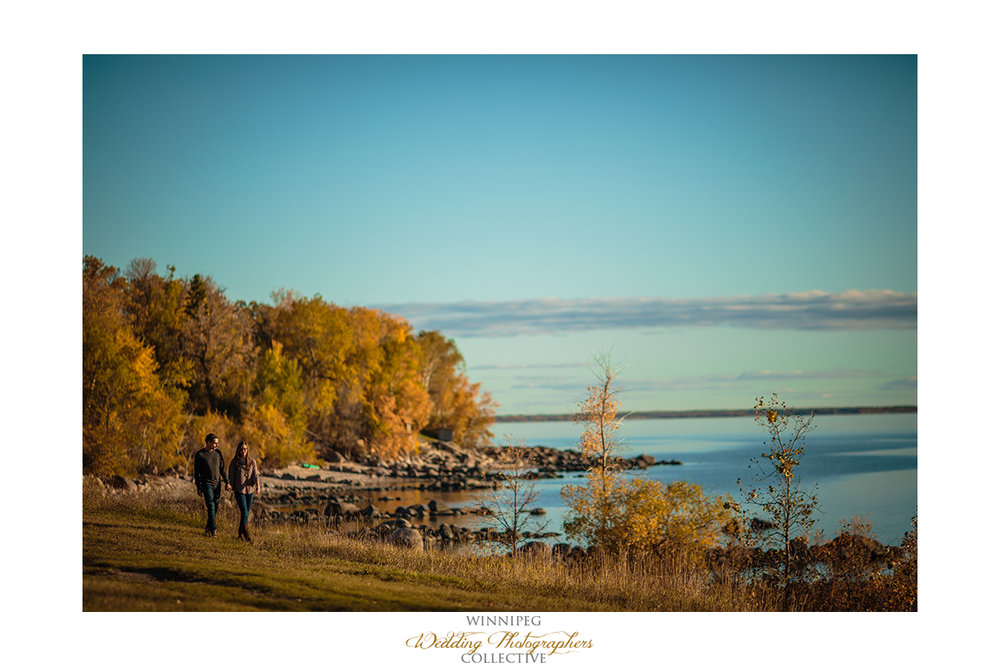005_Shelby Andrew Lakeside Engagement Session Manitoba Canada.jpg