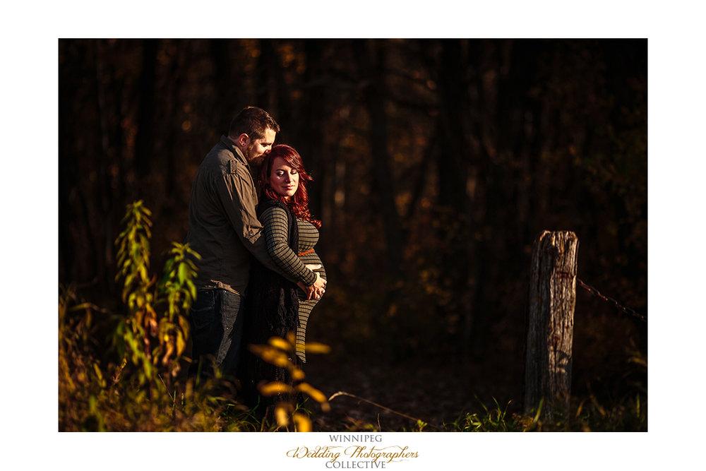 009_Tiffany and Aaron Maternity Photos Park Sunset .jpg