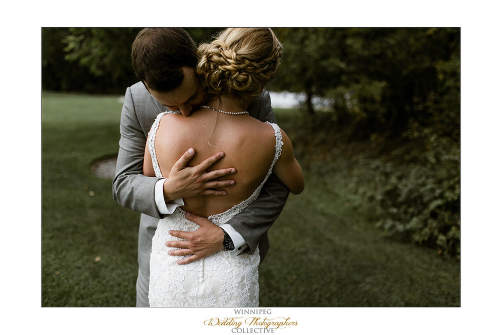 Amanda&Matt_Wedding_Bridges_Reanne_014.jpg