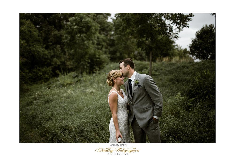 Amanda&Matt_Wedding_Bridges_Reanne_033.jpg