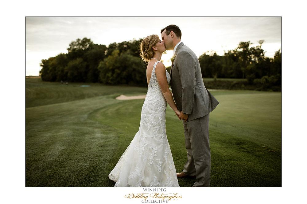 Amanda&Matt_Wedding_Bridges_Reanne_039.jpg