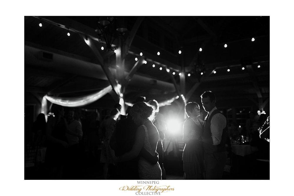 Amanda&Matt_Wedding_Bridges_Reanne_047.jpg