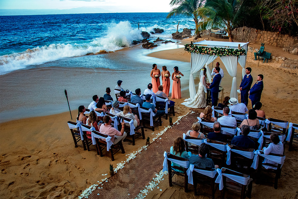 004_Mexico Beach Life Destination Wedding Puerto Vallarta Las Caletas.jpg