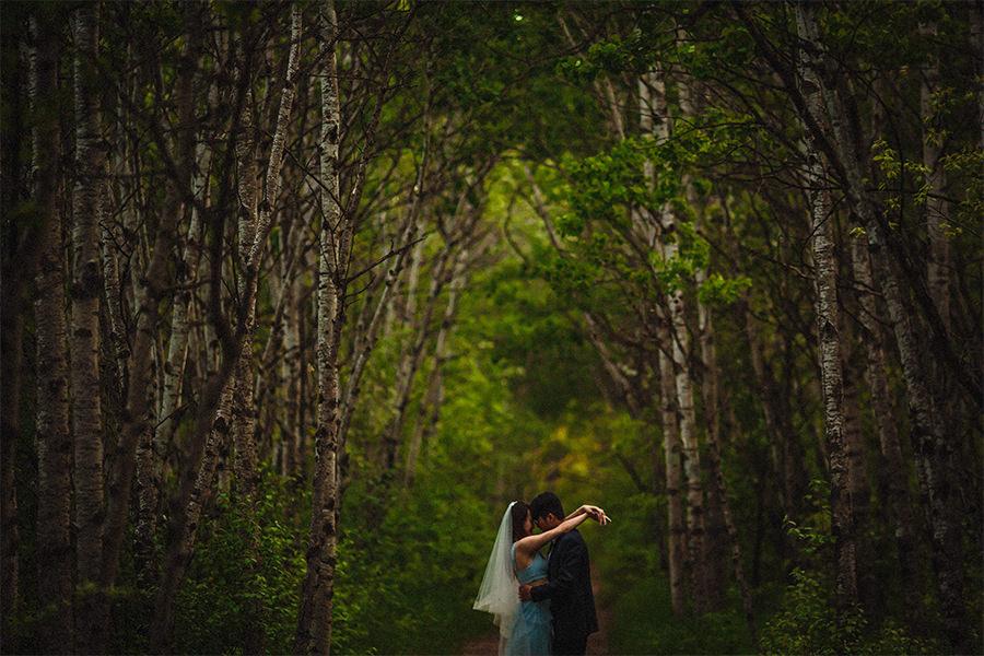 Assiniboine Forest wedding photos
