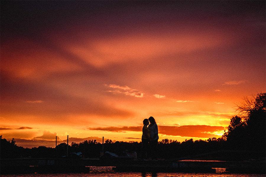 011_ShannonAndTracyEngaged-NetleyCreek-LoveWins-Manitoba-Canada-WinnipegWeddingPhotographersCollective-Tony.jpg