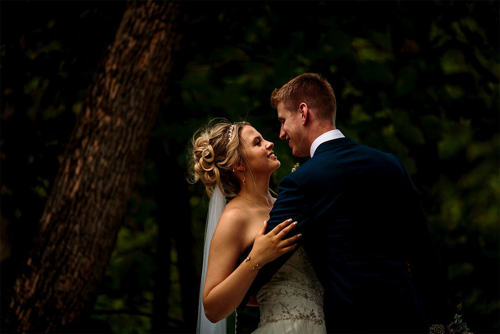 012-KevinandAllisonMarried-AshgroveAcres-WinnipegWeddingPhotogrpahersCollective-Tony-CountryWedding.jpg