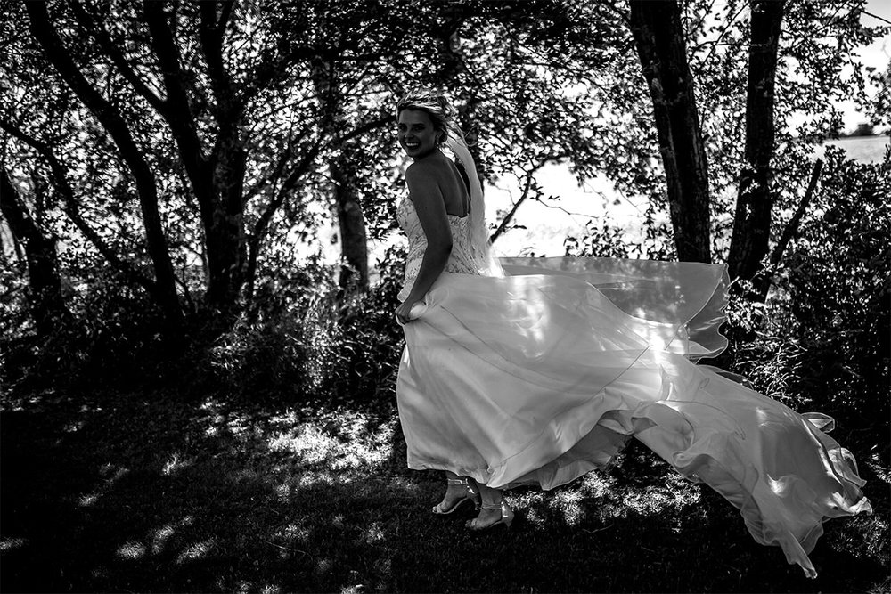 014-KevinandAllisonMarried-AshgroveAcres-WinnipegWeddingPhotogrpahersCollective-Tony-CountryWedding.jpg