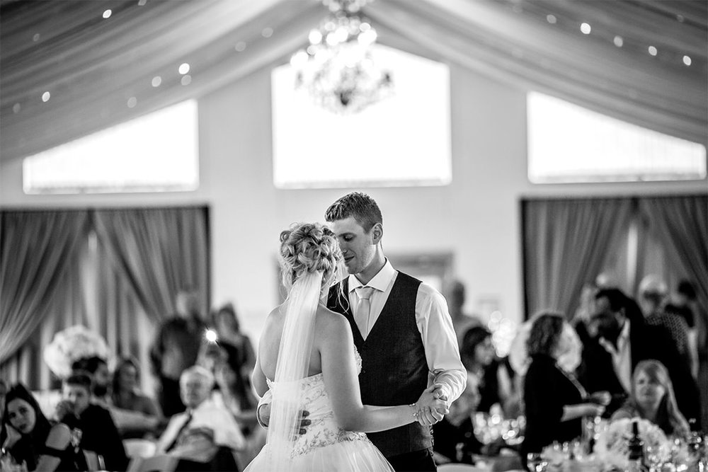 022-KevinandAllisonMarried-AshgroveAcres-WinnipegWeddingPhotogrpahersCollective-Tony-CountryWedding.jpg