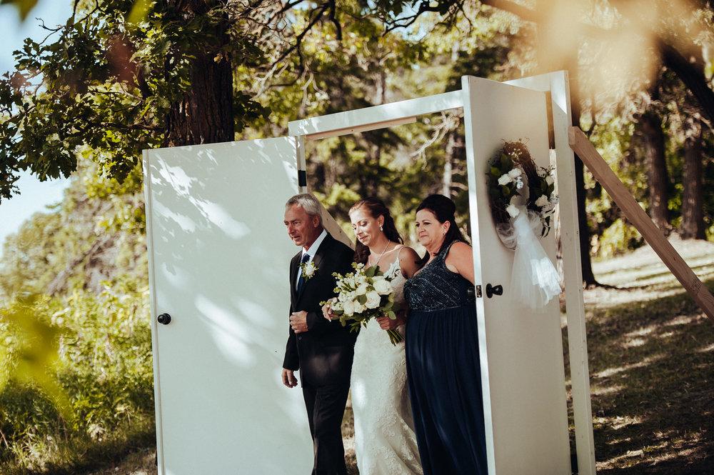 0007-cooks-falls-manitoba-wedding-kelsey-albert.jpg