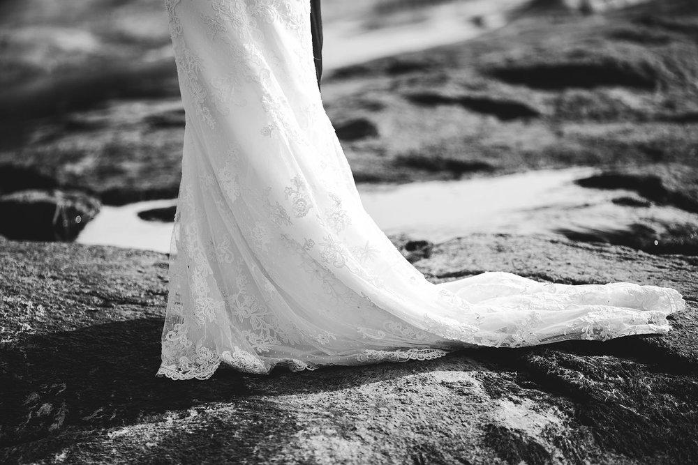 0015-cooks-falls-manitoba-wedding-kelsey-albert.jpg