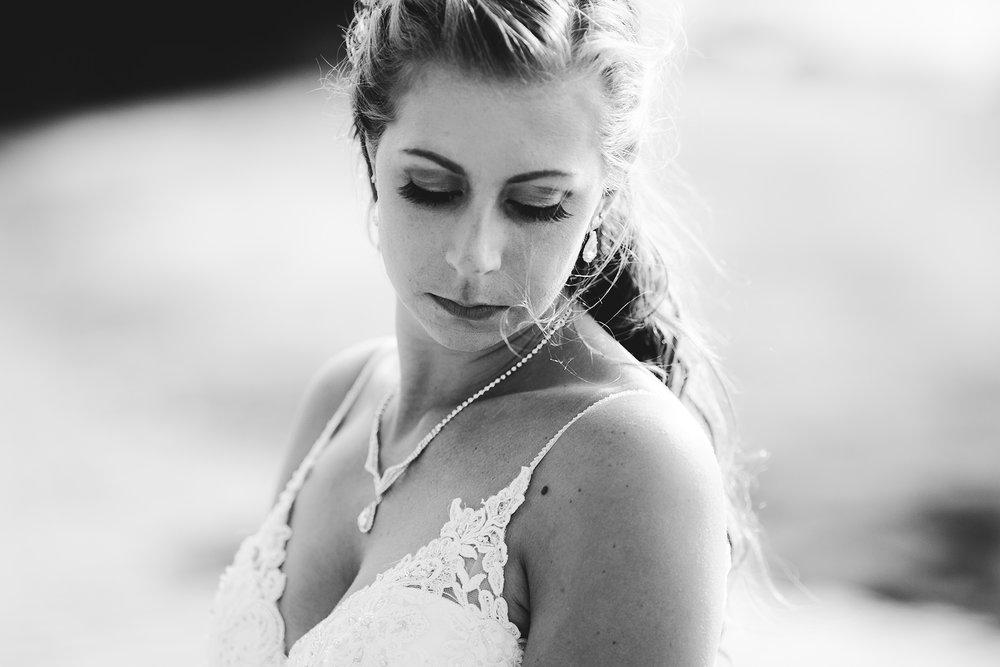 0016-cooks-falls-manitoba-wedding-kelsey-albert.jpg