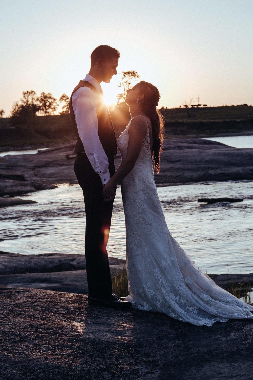 0018-cooks-falls-manitoba-wedding-kelsey-albert.jpg