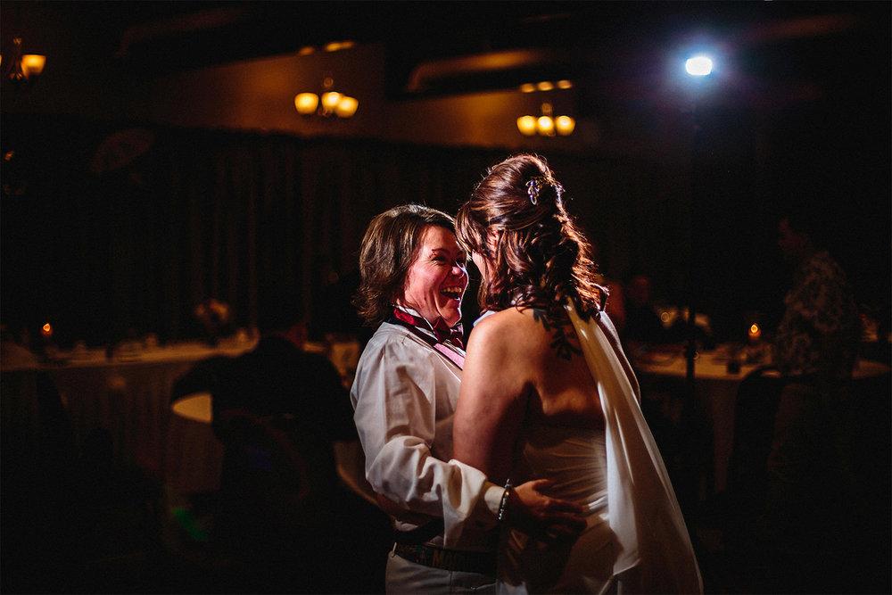 010-ShannonAndTracyMarried-Wedding-Ceremony-Reception-Autumn-LoveWins-LesbianWedding-RossmereCountryClub-BunnsCreek-Winnipeg-Manitoba-Canada.jpg