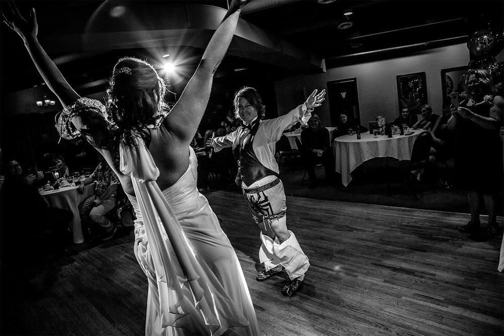 016-ShannonAndTracyMarried-Wedding-Ceremony-Reception-Autumn-LoveWins-LesbianWedding-RossmereCountryClub-BunnsCreek-Winnipeg-Manitoba-Canada.jpg