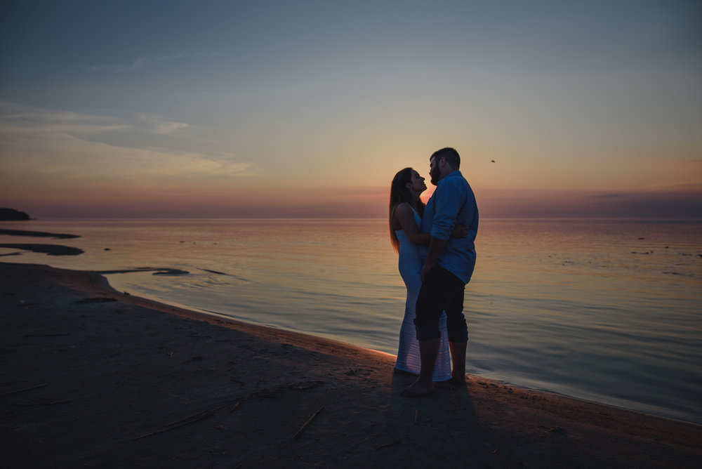 Winnipeg engagement photographer