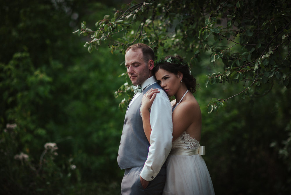 Sarah+Steve_Married_BackyardWedding(C)-15.jpg