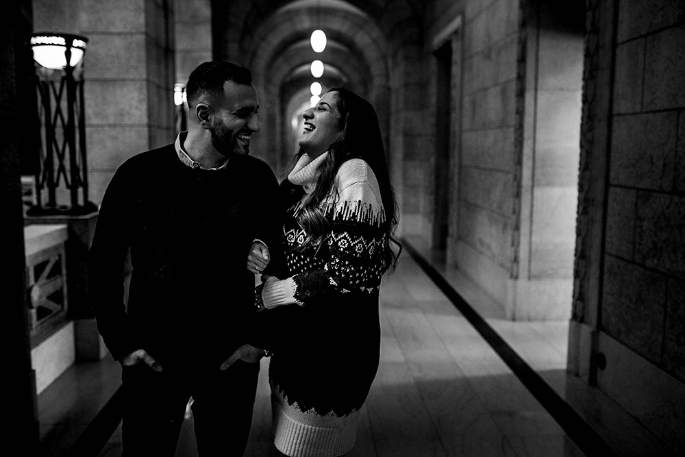 0006winter-engagement-photos-legislativebuilding-monica-mena.jpg