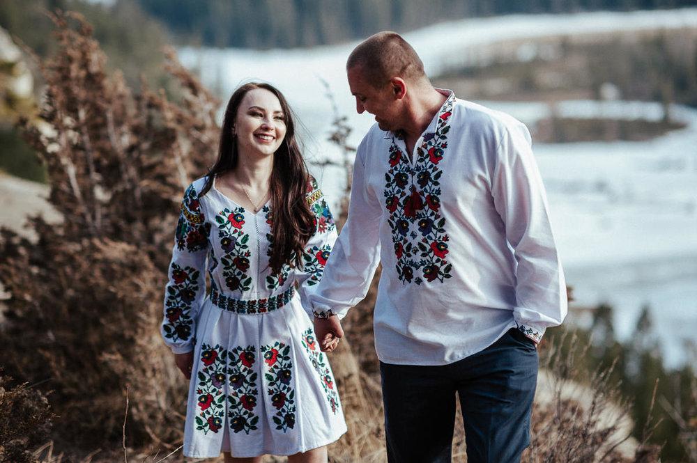 Ulyana+Taras_Engaged_Banff(C)-34.jpg