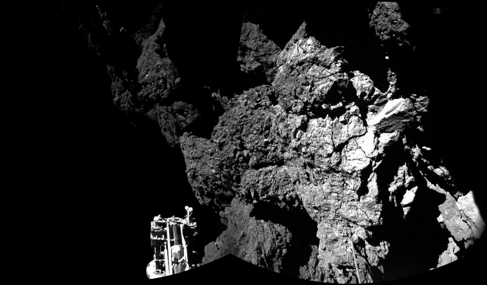 Philae lander snaps the first-ever photos from the surface of a comet on the Rosetta mission's journey to 67P/Churyumov–Gerasimenko. Source: ESA/Rosetta/Philae/CIVA.