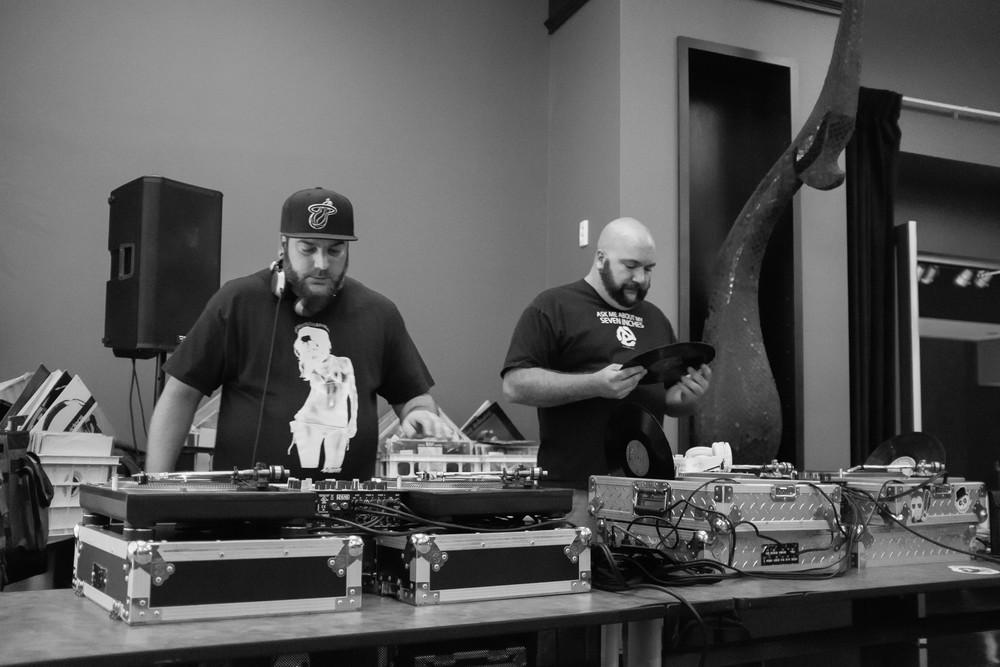 Skratch and DJ Carbon