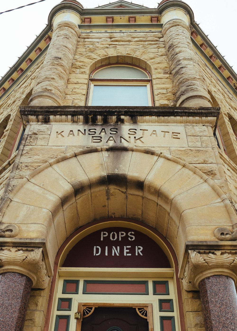 Kansas Travels_04-12-15-21.jpg