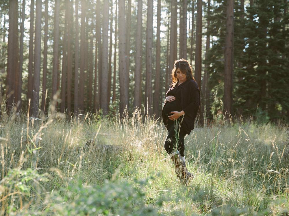 lake tahoe maternity - 6.jpg